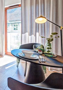 """Techniki home stagingu opierają się na marketingu. Ich zastosowanie zmienia charakter nieruchomości z """"do mieszkania"""" na """"do sprzedania""""."""